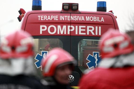 Un autocar cu 30 de persoane  a luat foc în Neamţ