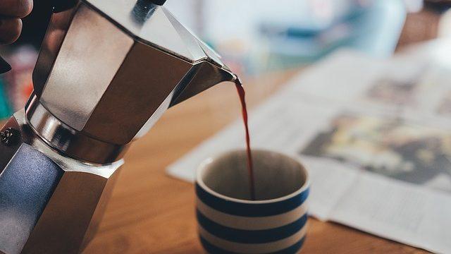 Iată de ce e bine să bem cafea dimineața