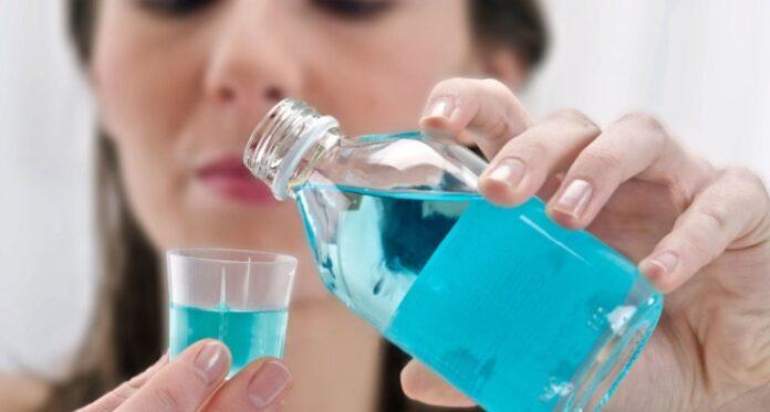 Faceți apă de gură singuri acasă din cuișoare, mentă și scorțișoară