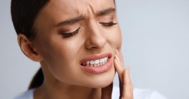 13 leacuri băbeşti pentru dureri de dinţi